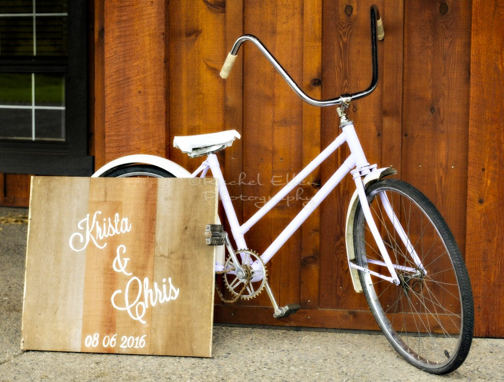 vintage bike as Wedding Decor