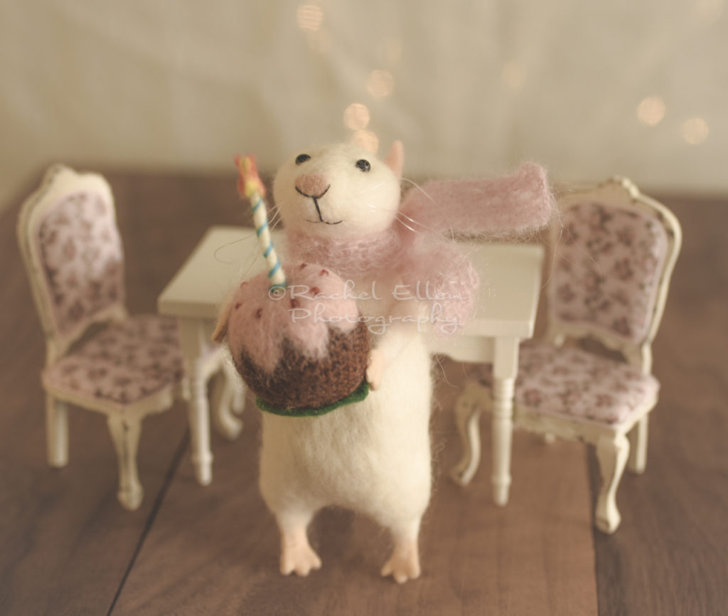 happy birthday felted mouse